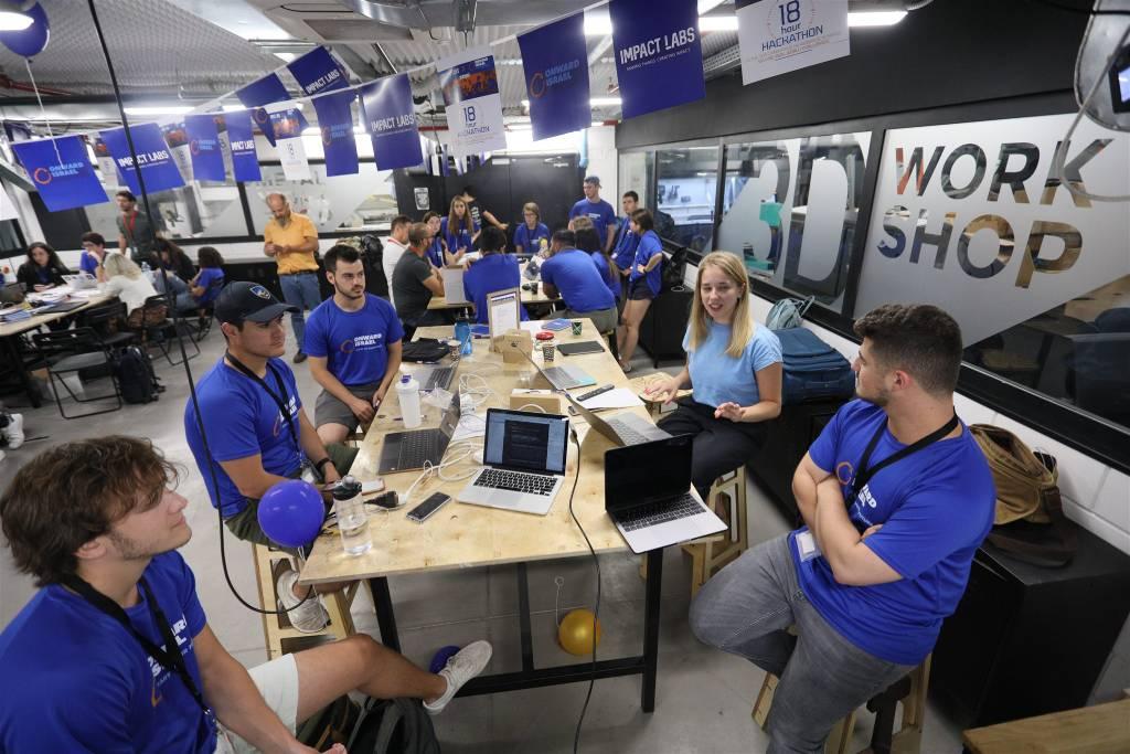 האקתון ONWARD ב Impact Labs - חדרי סדנאות